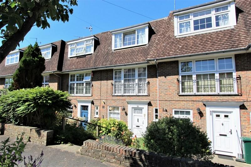 4 Bedrooms Terraced House for sale in Cornwall Gardens, Brighton