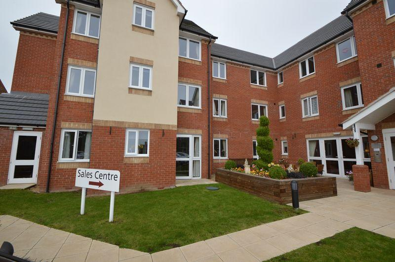 1 Bedroom Retirement Property for sale in Spicer Lodge , Stourbridge