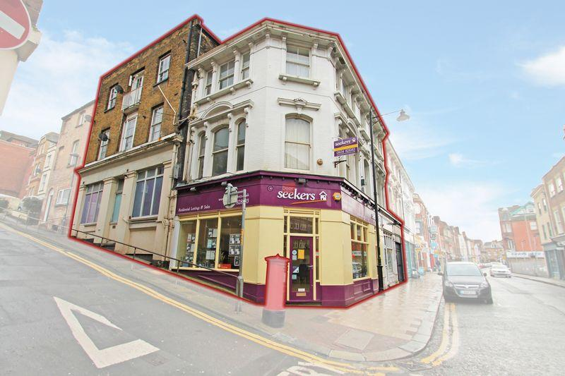 Apartment Flat for sale in High Street, Chatham