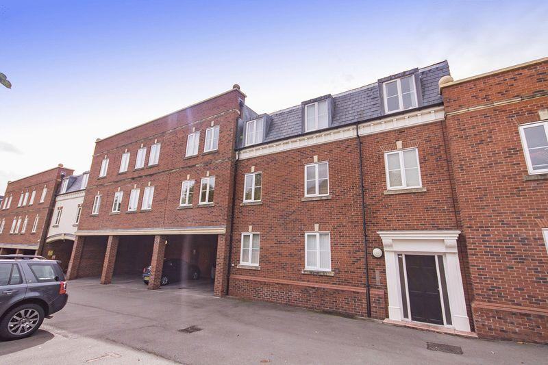 2 Bedrooms Apartment Flat for sale in DUESBURY PLACE, MICKLEOVER