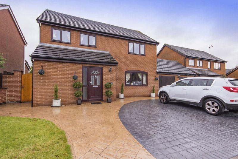 4 Bedrooms Detached House for sale in DOVE GROVE, EGGINTON