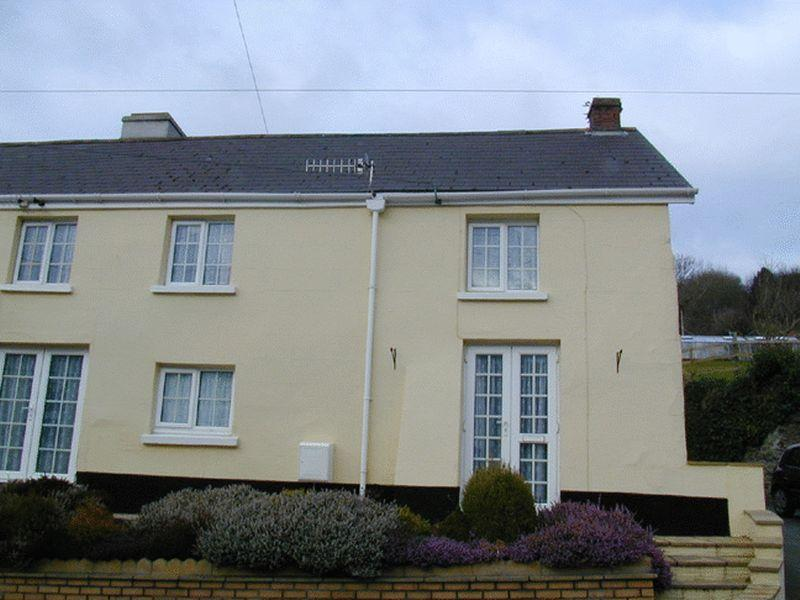 2 Bedrooms House for rent in Combe Martin