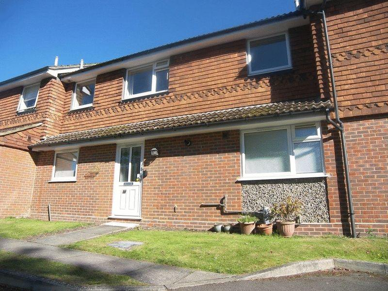 1 Bedroom Flat for sale in Bookham