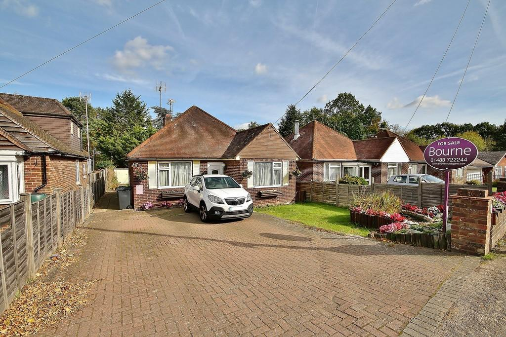 4 Bedrooms Detached Bungalow for sale in Send, Woking