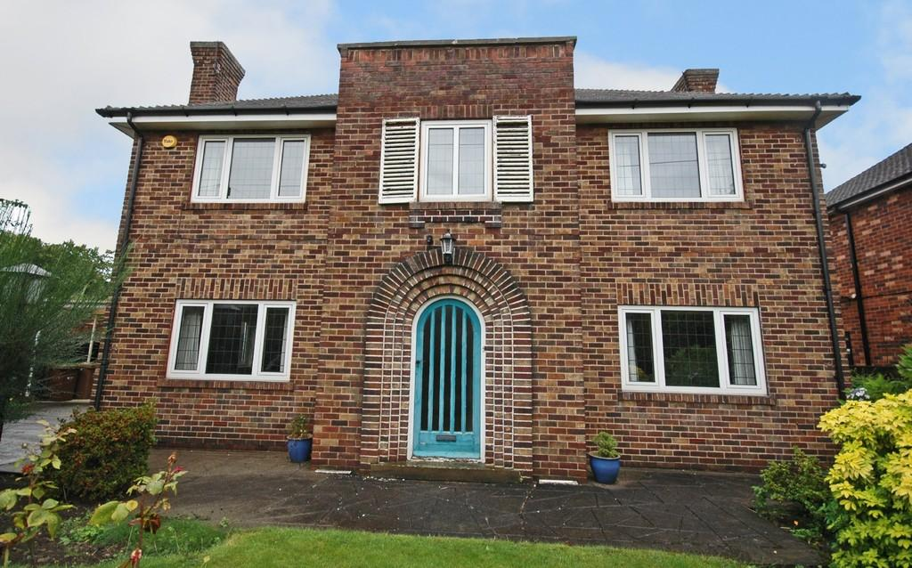 4 Bedrooms Detached House for sale in Woodland Drive, Sandal