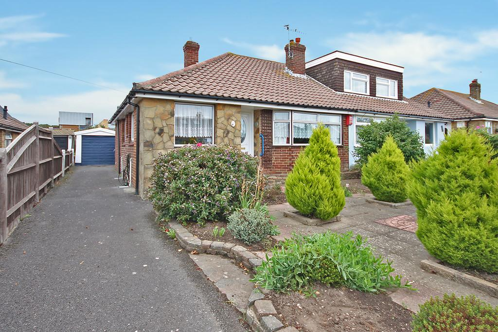 2 Bedrooms Semi Detached Bungalow for sale in Crown Road, Shoreham-by-Sea, BN43 6GD