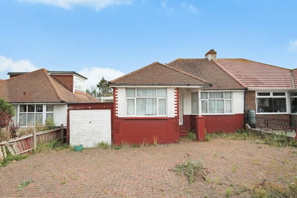 3 Bedrooms Semi Detached Bungalow for sale in Seaside Road, Lancing, BN15