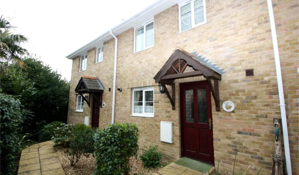 3 Bedrooms Terraced House for sale in Church Road, Shanklin