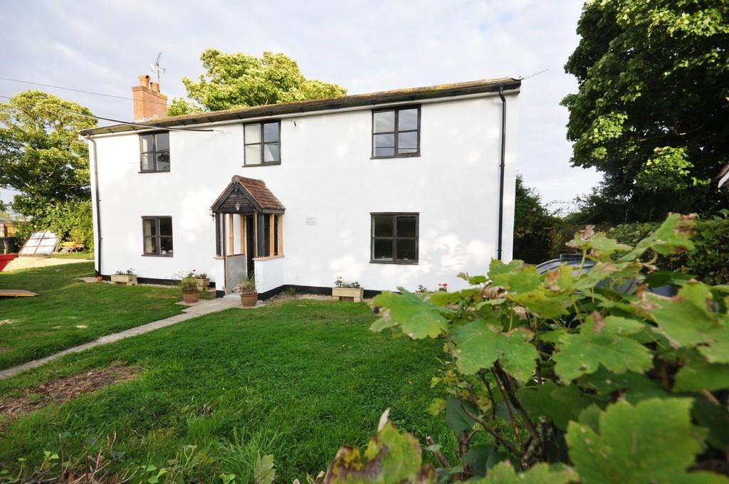 4 Bedrooms Detached House for sale in The Green, Ashbocking, Ipswich
