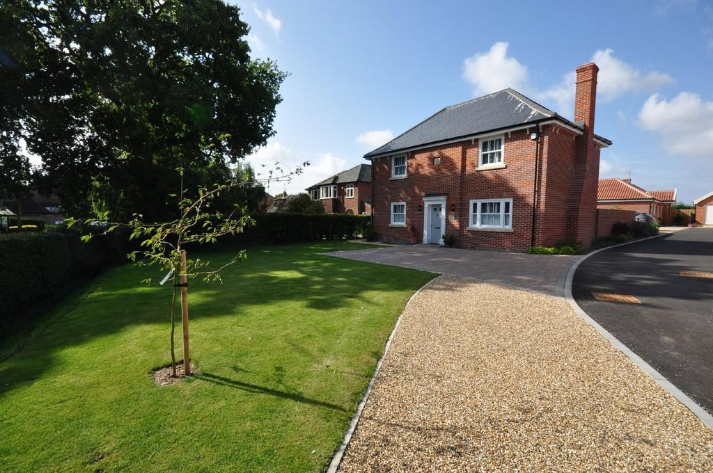 4 Bedrooms Detached House for sale in Copper House, 21 Victoria Hill, Eye