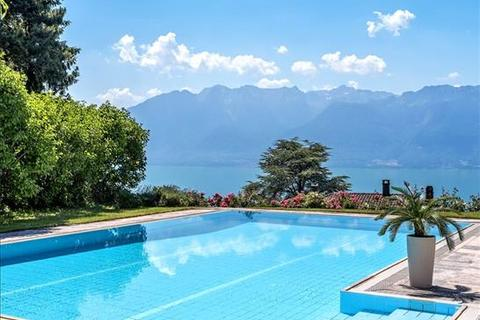 8 bedroom farm house - Chexbres, Vaud