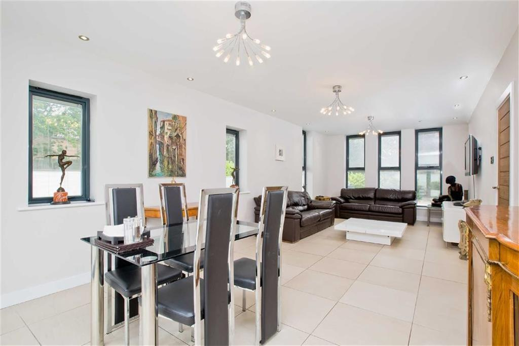 4 Bedrooms Detached House for sale in Ditchling Road, Brighton, East Sussex