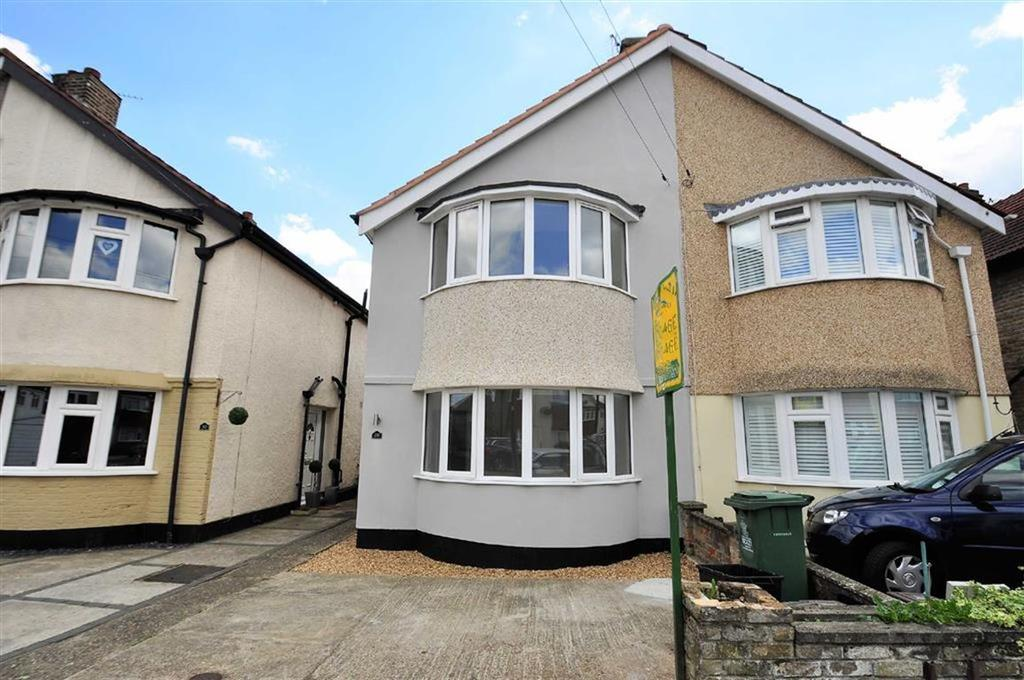 3 Bedrooms Semi Detached House for sale in Tenby Road, Welling