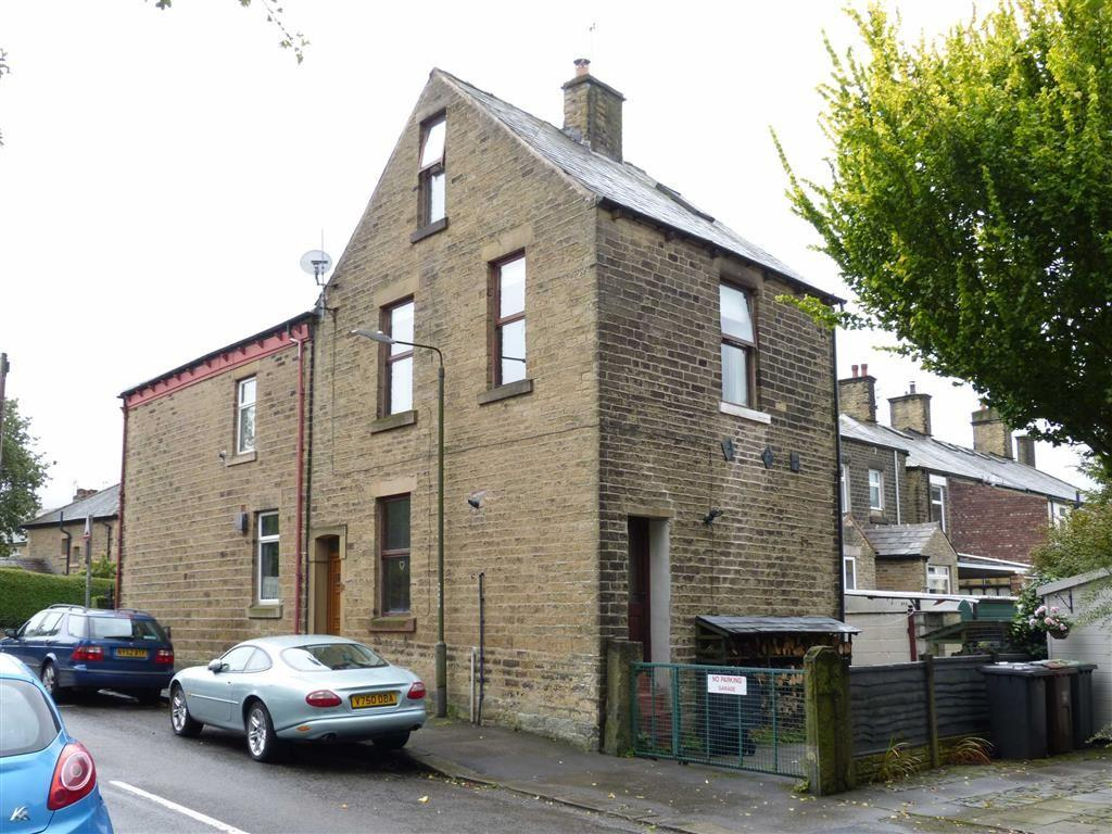 2 Bedrooms End Of Terrace House for sale in Lord Street, Glossop