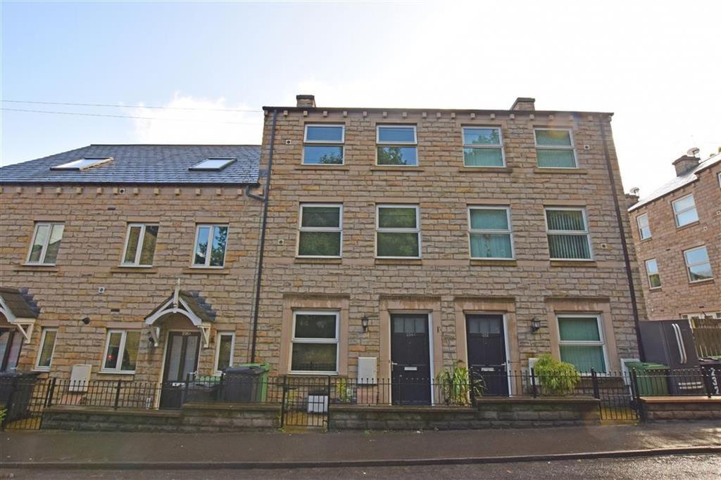 5 Bedrooms Town House for sale in Huddersfield Road, Thongsbridge, Holmfirth, HD9
