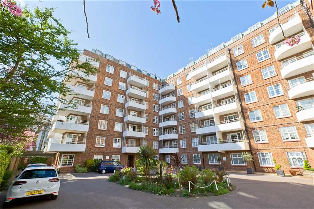 3 Bedrooms Apartment Flat for sale in Wilbury Grange, Hove, East Sussex