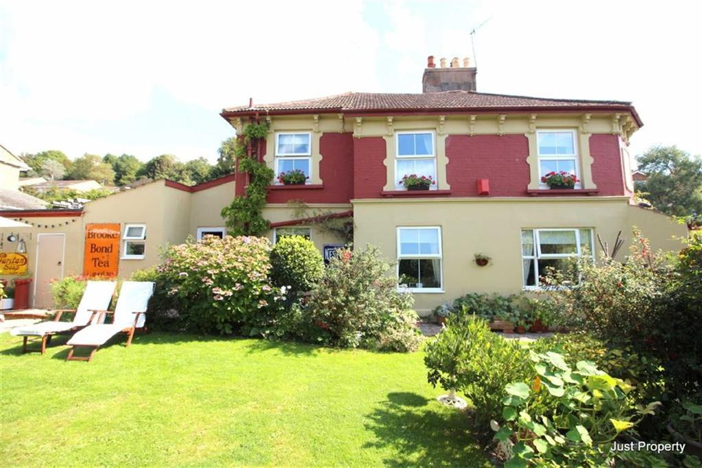 3 Bedrooms End Of Terrace House for sale in New Road, Hastings