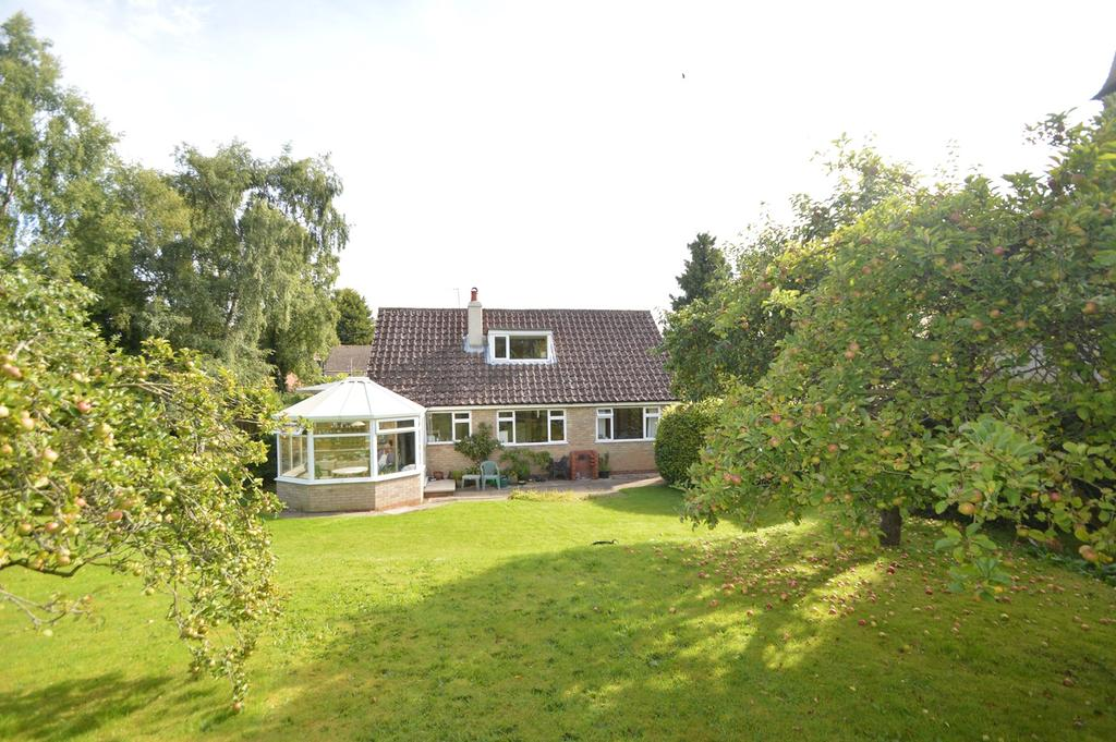 3 Bedrooms Detached House for sale in Howdale Lane, Beadlam, Helmsley YO62