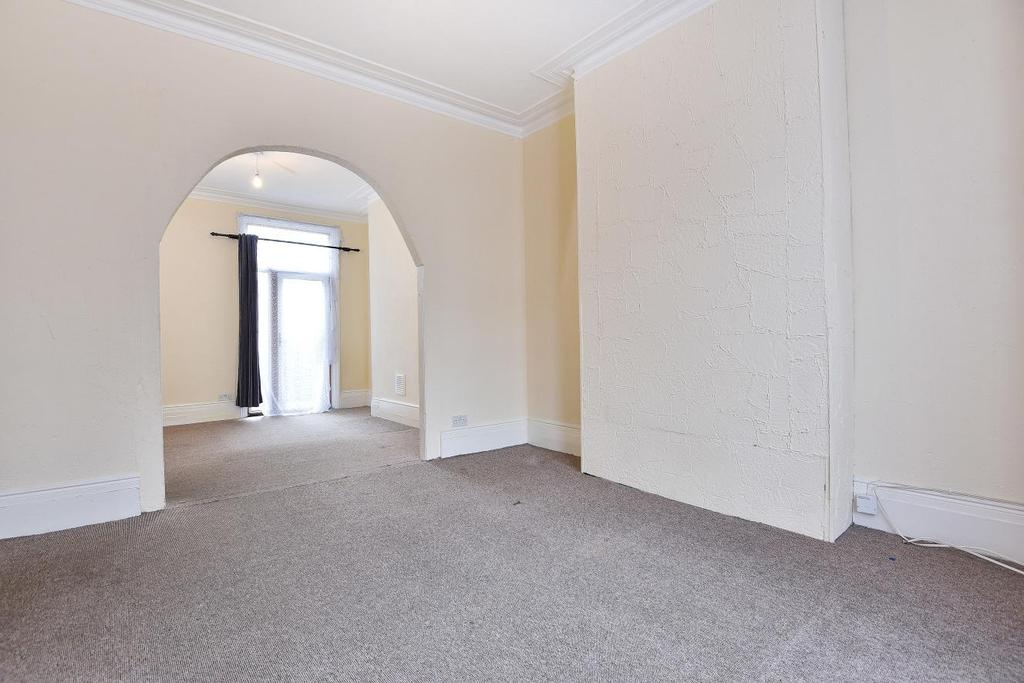 3 Bedrooms Terraced House for sale in Rosenthorpe Road, Upper Nunhead