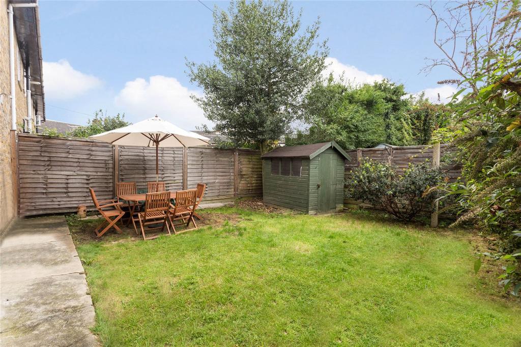2 Bedrooms Flat for sale in Sandycombe Road, Kew, Surrey