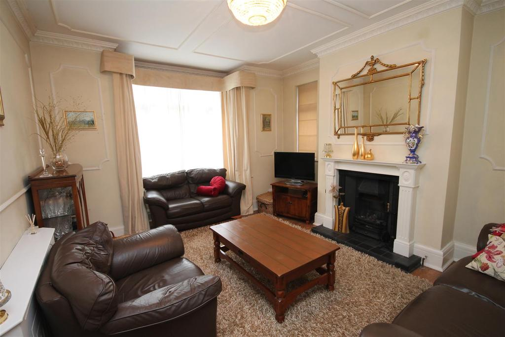 4 Bedrooms Detached House for sale in Pierremont Crescent, Darlington
