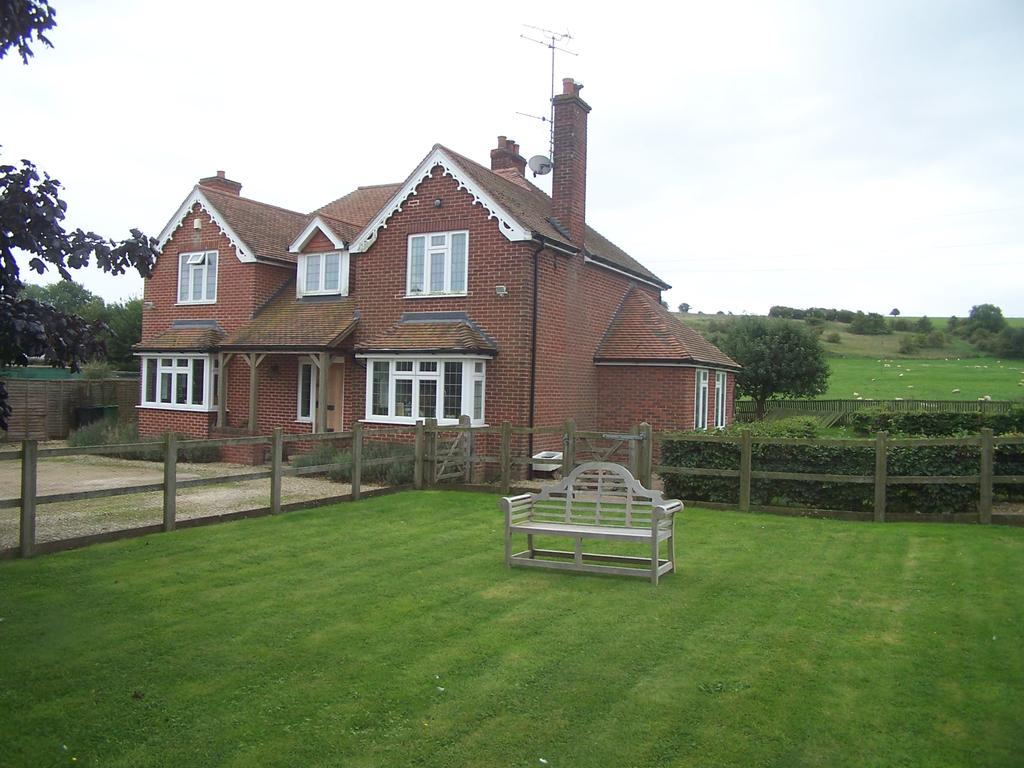 4 Bedrooms Land Commercial for sale in Upper Lambourn, Hungerford RG17