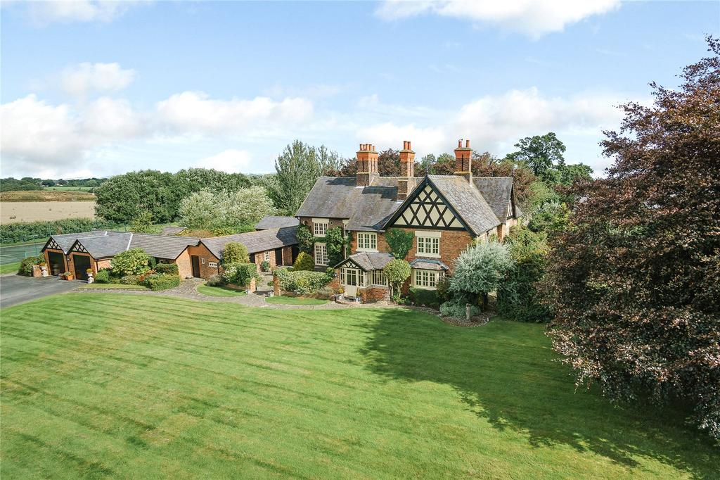 6 Bedrooms Detached House for sale in Beeston, Tarporley, Cheshire