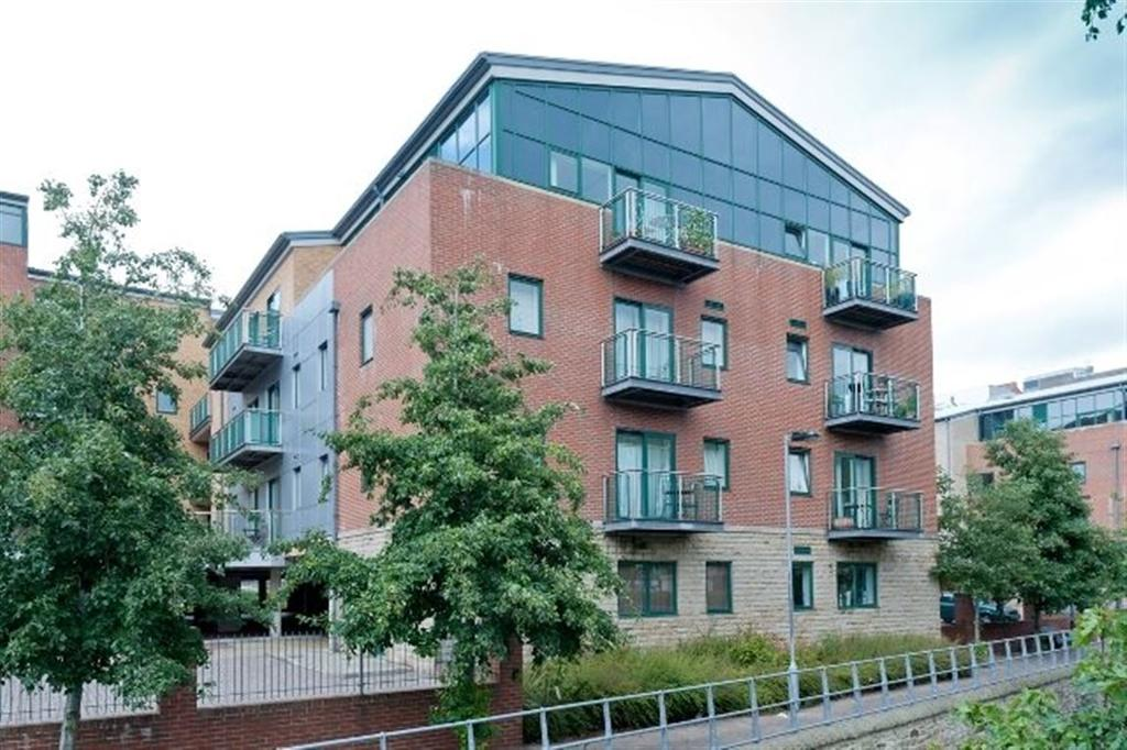 2 Bedrooms Apartment Flat for rent in 25 Draymans Court, Wards Brewery, S11 8HH