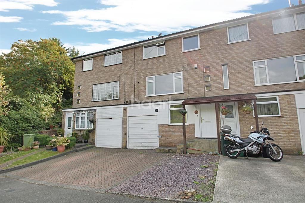 4 Bedrooms Terraced House for sale in Flamborough Close, Biggin Hill