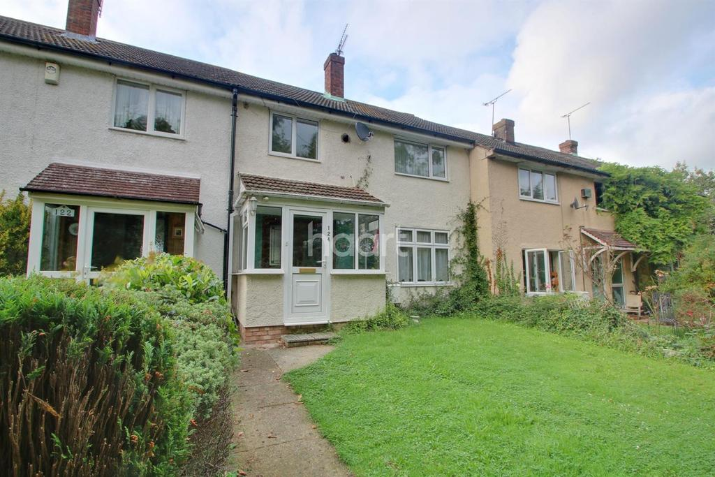 3 Bedrooms Terraced House for sale in Kent View Road, Basildon