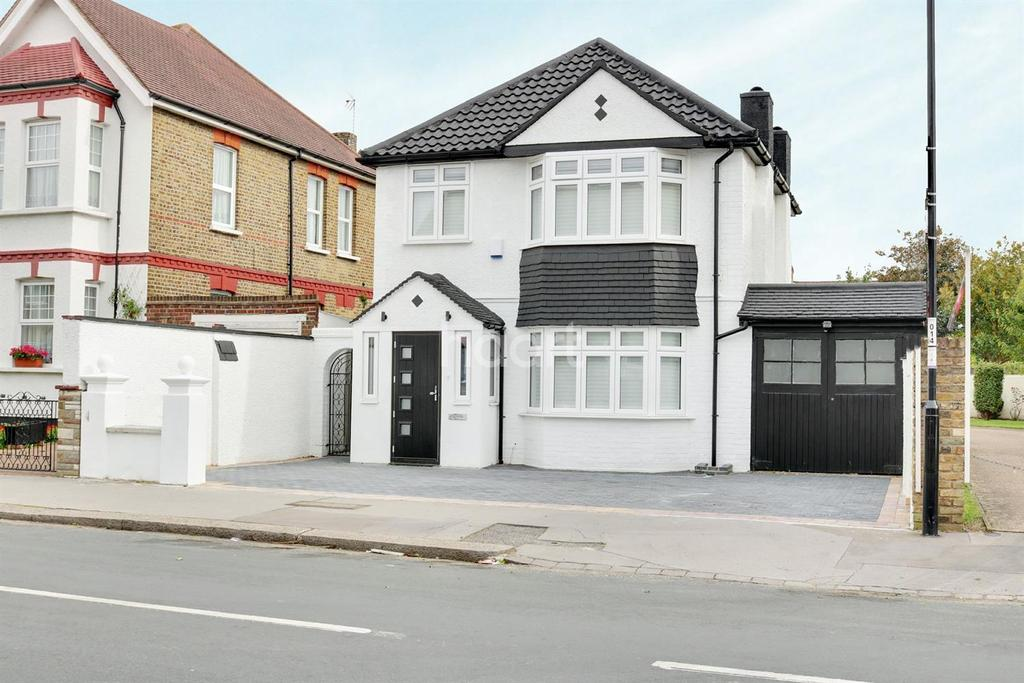 3 Bedrooms Detached House for sale in Warwick Road, Thornton heath, CR7