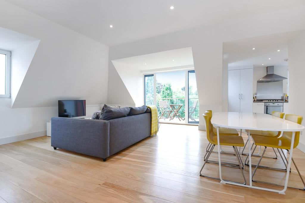 2 Bedrooms Flat for sale in Upper Richmond Road, Putney