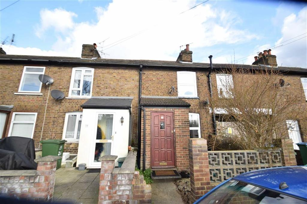 2 Bedrooms Terraced House for sale in Bedford Street, North Watford, Herts