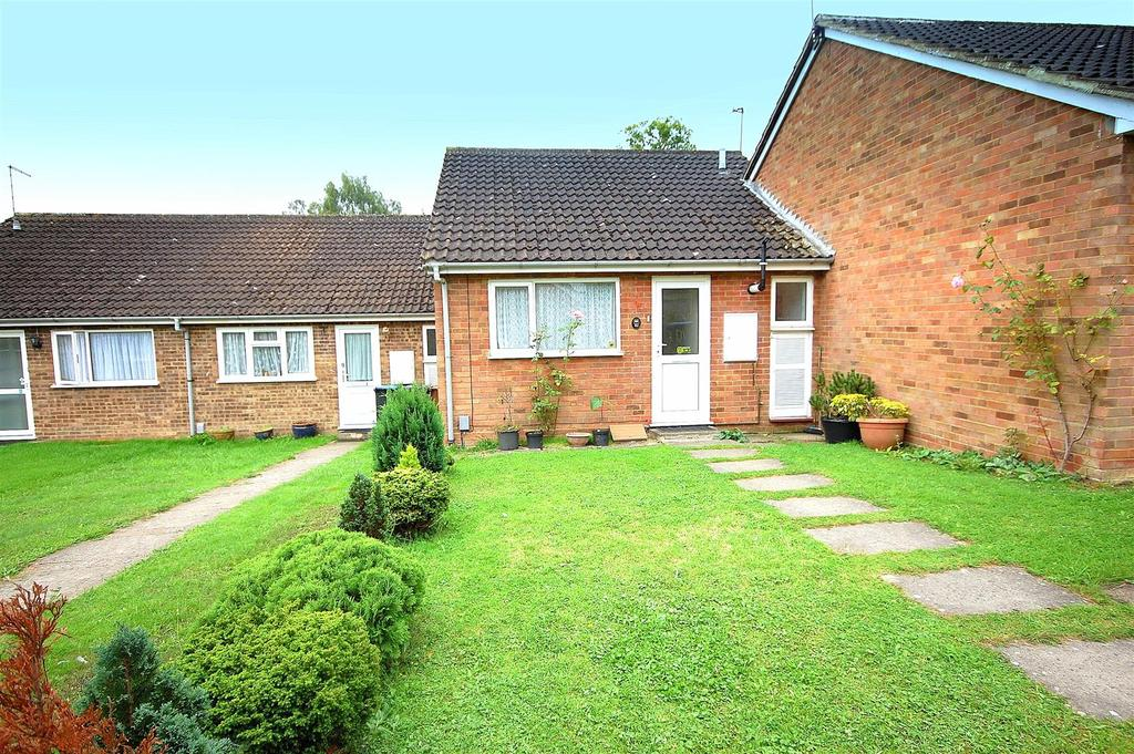 1 Bedroom Bungalow for sale in Rickfield Close, Hatfield
