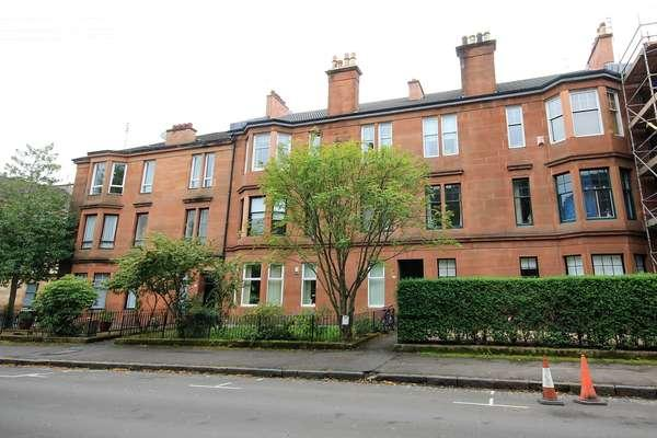 3 Bedrooms Flat for sale in 2/2, 37 Lawrence Street, Partick, Glasgow, G11 5HD
