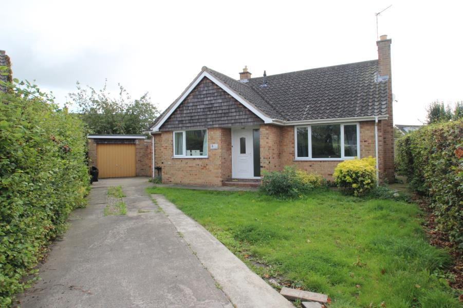 2 Bedrooms Bungalow for sale in COXLEA GROVE, YORK, YO31 0NZ
