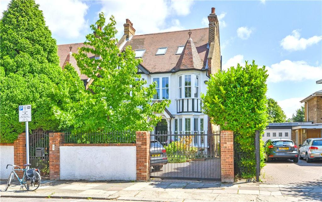 5 Bedrooms Detached House for sale in Coverdale Road, Brondesbury Park, London, NW2