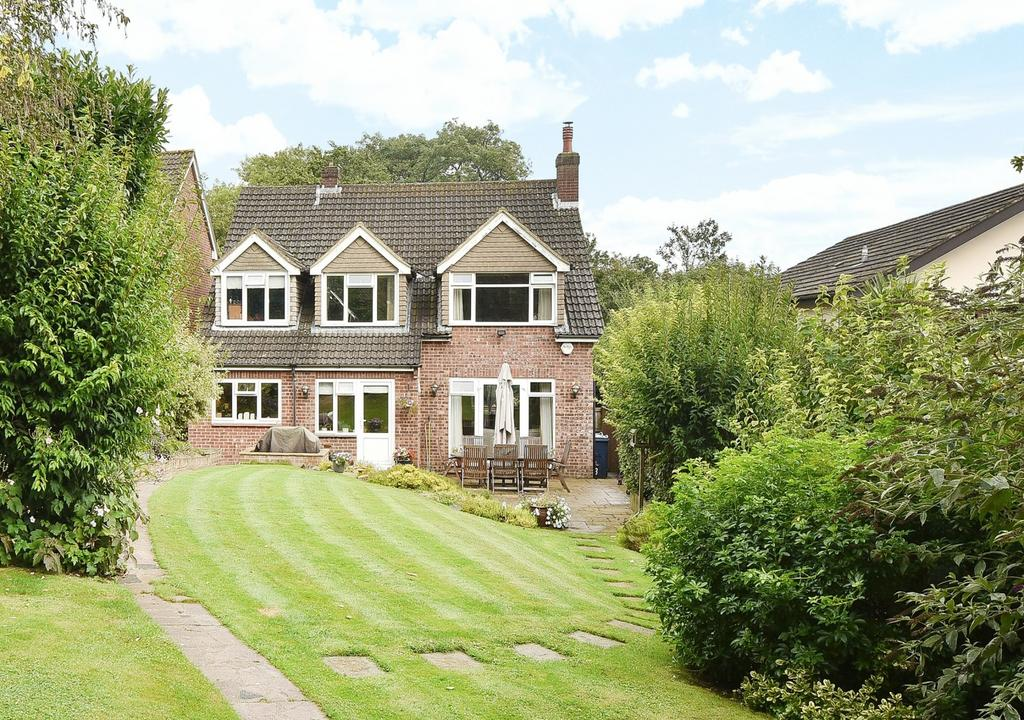 5 Bedrooms Detached House for sale in Gypsy Lane, Marlow