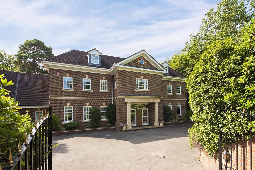 7 Bedrooms Detached House for sale in Blackhills, Esher, Surrey, KT10