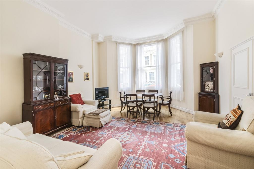 2 Bedrooms Flat for sale in Manson Place, South Kensington, London