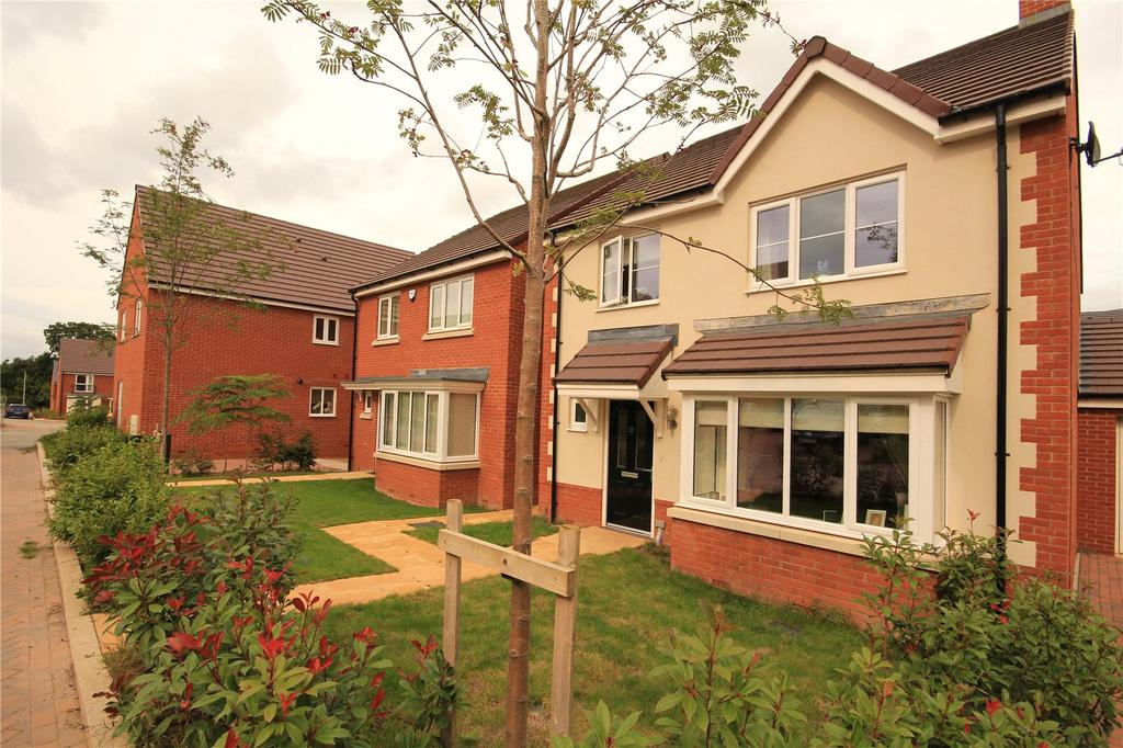 4 Bedrooms Detached House for sale in Rowan Drive, Lyde Green, Bristol, BS16