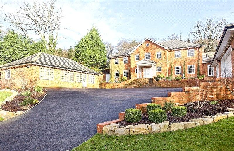 5 Bedrooms Detached House for sale in Long Bottom Lane, Seer Green, Beaconsfield, Buckinghamshire, HP9
