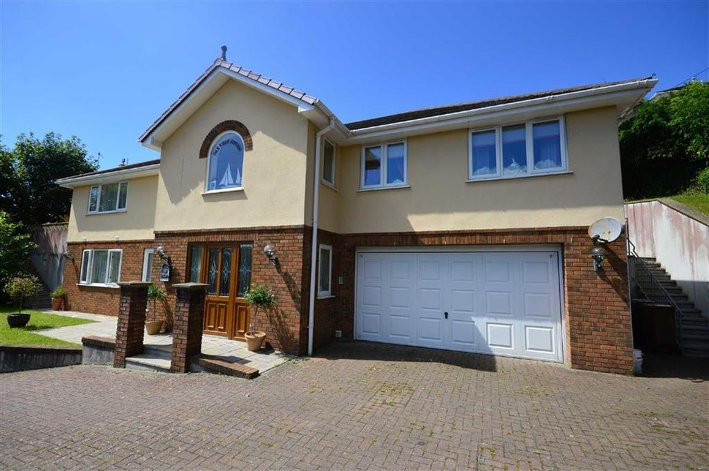 5 Bedrooms Detached House for sale in Manor Park, Kingsbridge, Kingsbridge, Devon, TQ7