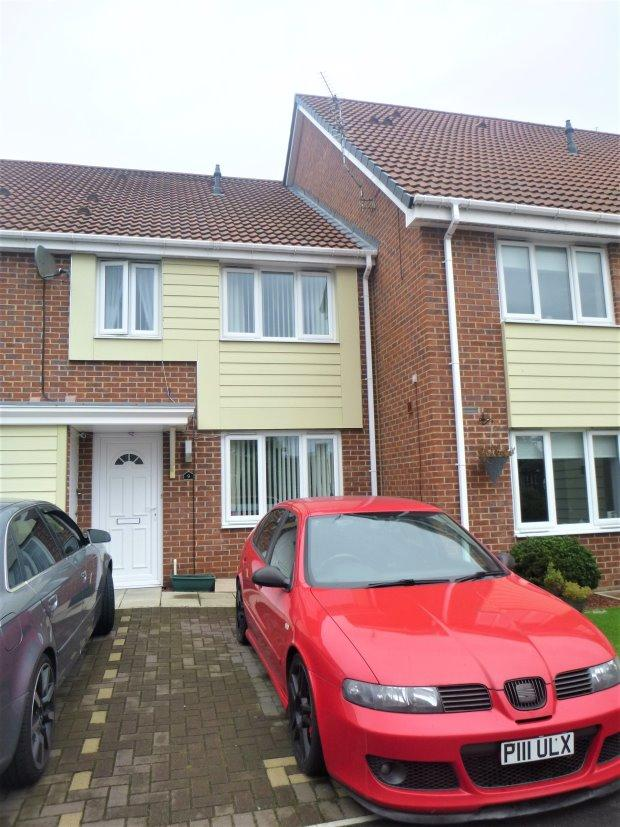 2 Bedrooms Terraced House for sale in SWAN COURT, HYLTON CASTLE, SUNDERLAND NORTH