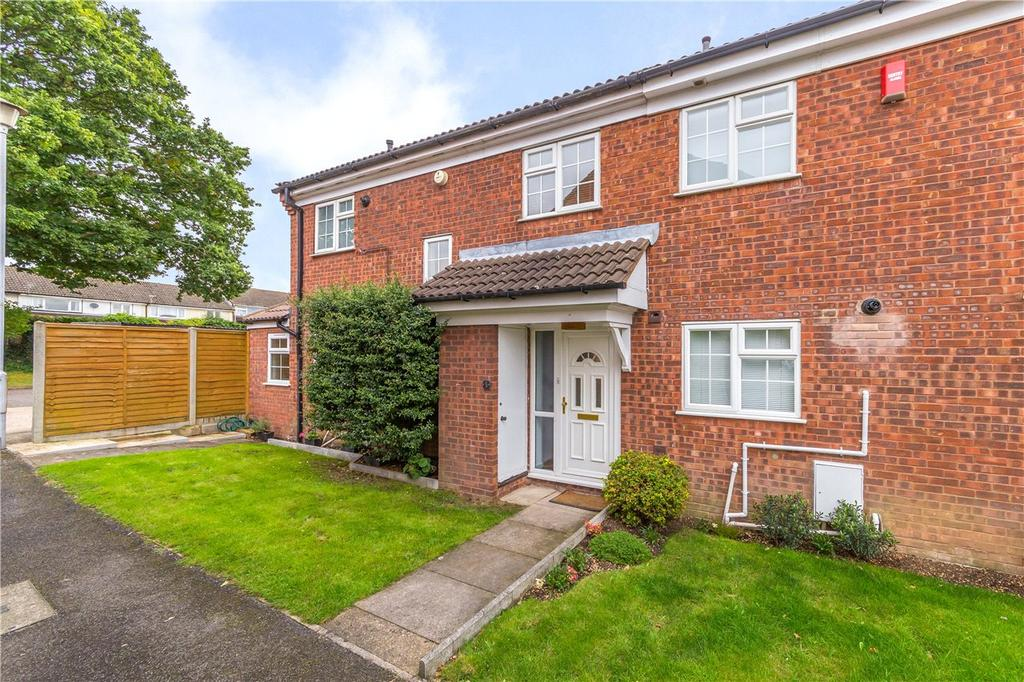 3 Bedrooms End Of Terrace House for sale in Ashby Gardens, St. Albans, Hertfordshire