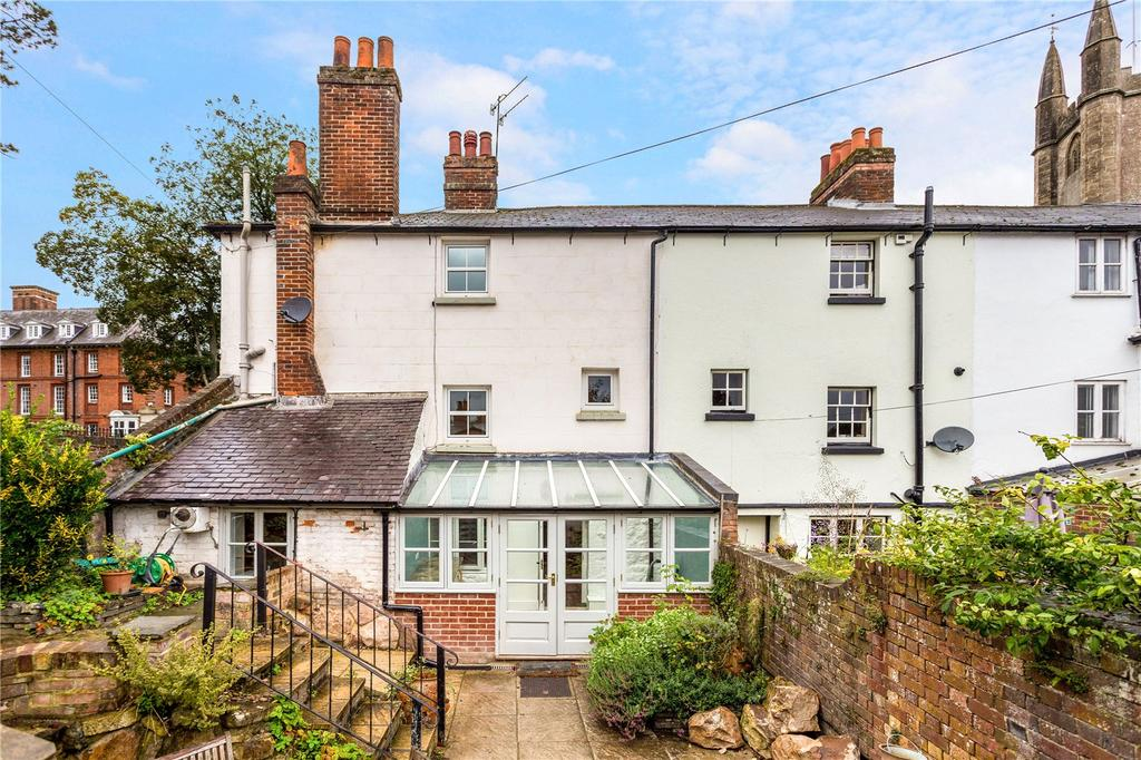 4 Bedrooms End Of Terrace House for sale in High Street, Marlborough, Wiltshire