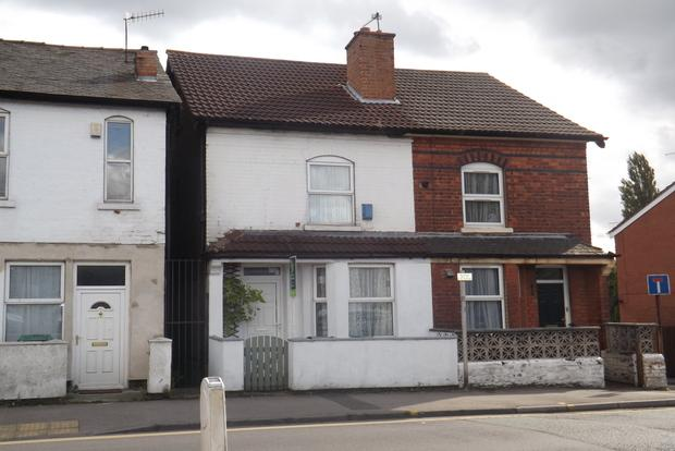 3 Bedrooms Semi Detached House for sale in Woodborough Road, Nottingham, NG3