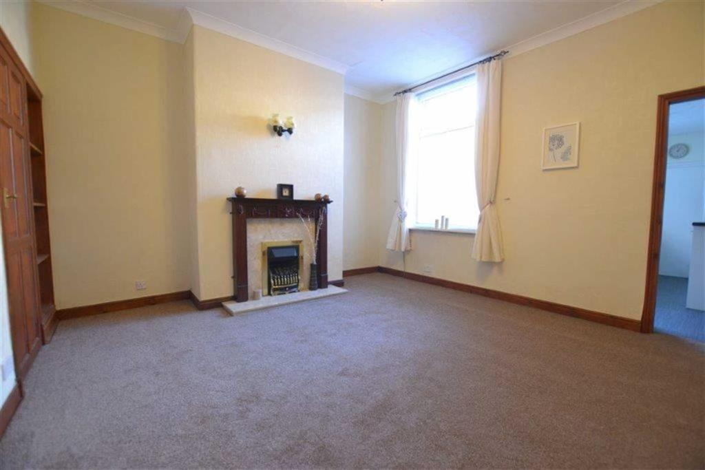 2 Bedrooms Terraced House for sale in Gladstone Street, Great Harwood, BB6