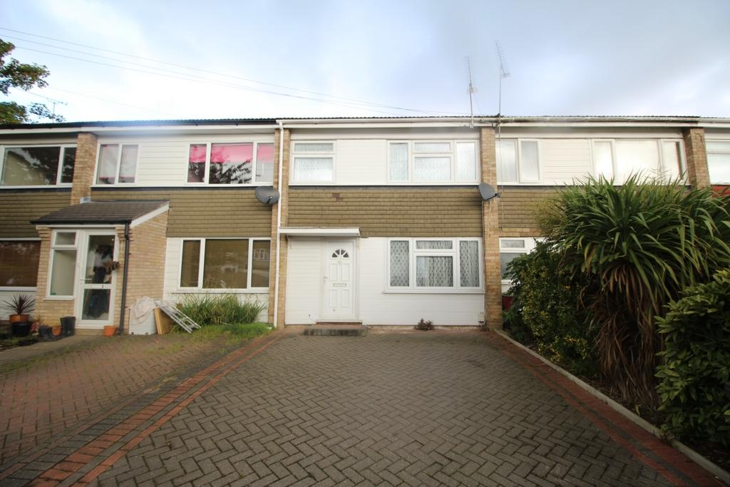 3 Bedrooms Terraced House for sale in York Road, North Weald, CM16