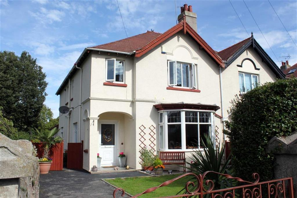 4 Bedrooms Semi Detached House for sale in Roumania Drive, Craig Y Don, Llandudno, Conwy